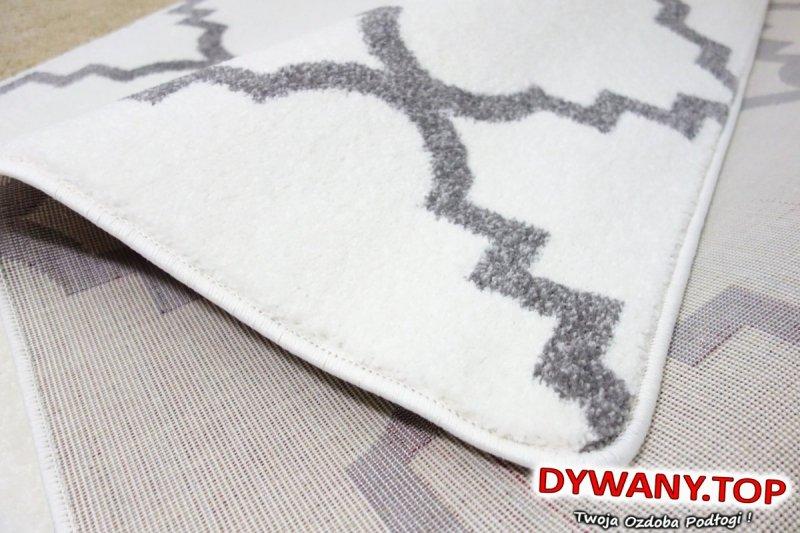 dywan łuszczów