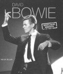 David Bowie. Nieoficjalna biografia