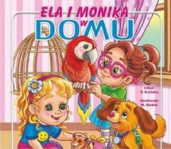 Ela i Monika w domu