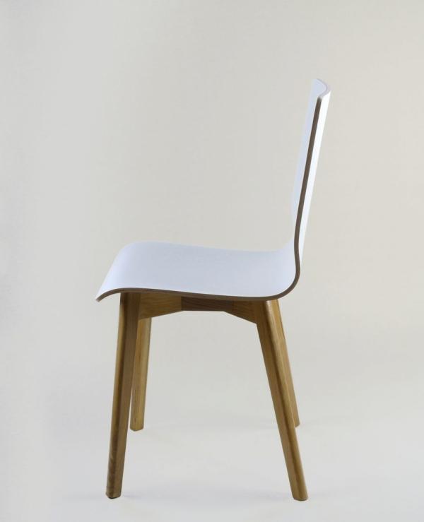 LUKA W - krzesło laminowane białe, dębowa rama
