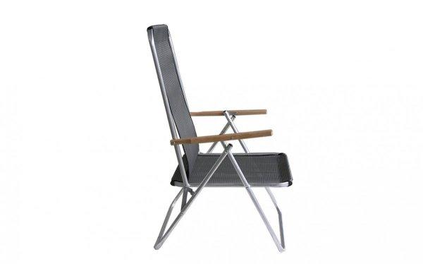 krzeselko-aluminiowe-z-drewnianym-podlokietnikiem