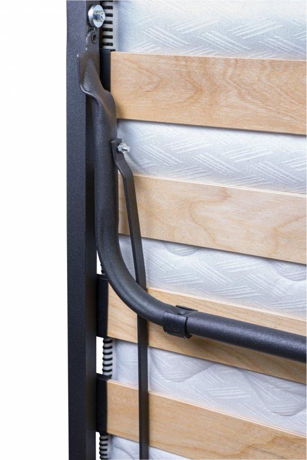Pręt automatycznie ustawia nogi łóżka Luxor Premium przy rozkładaniu