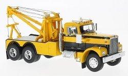 NEO MODELS Diamond Reo Tow Truck 1971 (yellow/black)