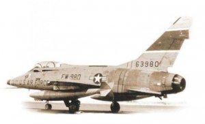 Italeri F-100F Super Sabre