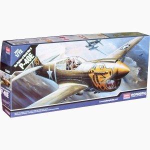 Academy ACADEMY Curtiss P-40E Wa rhawk