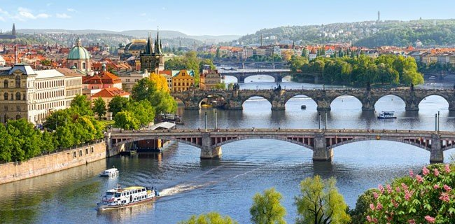 Puzzle 4000 Castorland C-400096 Vltava Bridges in Prague
