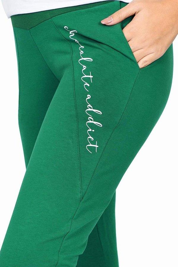 Wygodne ciążowe spodnie dresowe Chocolate Addict 9097 zielony3