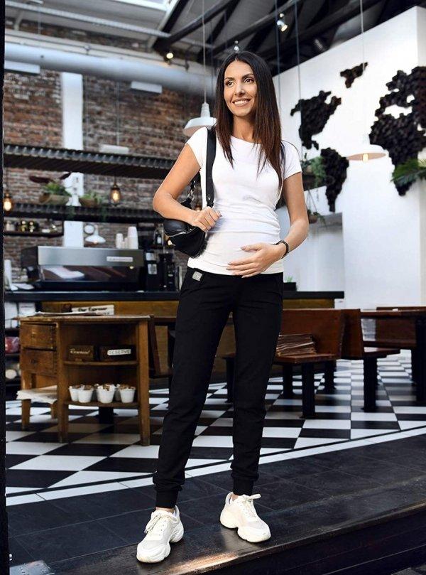 MijaCulture Wygodne spodnie dresowe ciążowe Coco M003 czarny3