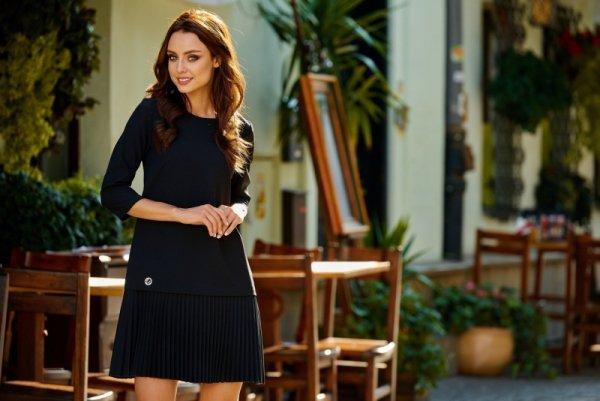 Prosta sukienka mini z plisowaniami L266 czarny