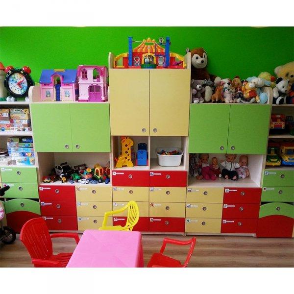 zestaw mebli przedszkolnych,zestaw mebli do przedszkoli,meble przedszkolne,szafki przedszkolne