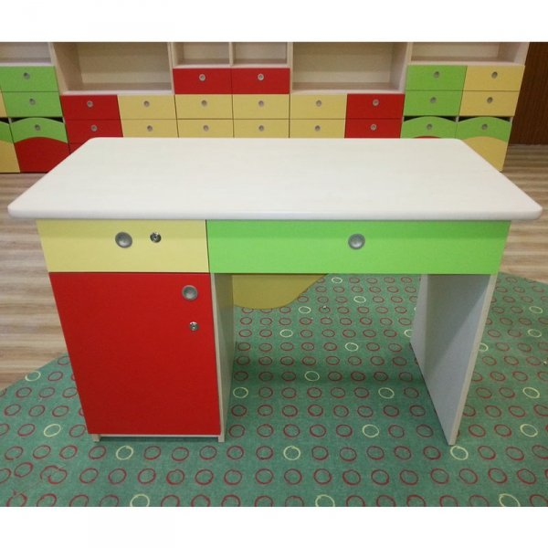 biurko dla nauczyciela, biurko nauczycielskie, biurko do sali, biurko do szkół, biurko do placówek oświatowych, producent biurek, producent biurek szkolnych