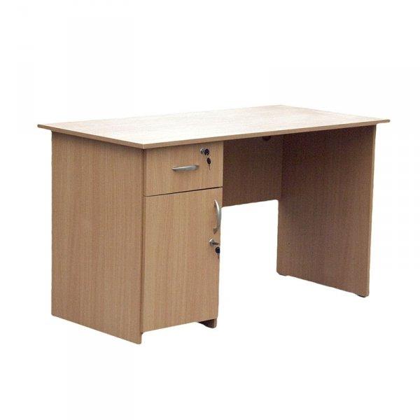 biurko szkolne piotr,biurko szkolne,biurko dla nauczyciela,biurko,biurko do sali,biurko do szkoły,biurko solidne,tanie biurko,biurko z certyfikatem