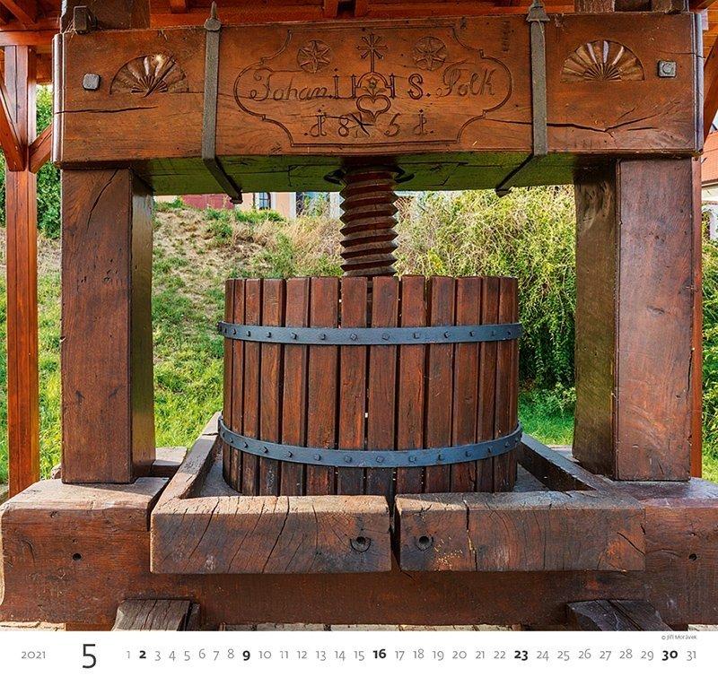 Kalendarz ścienny wieloplanszowy Wine 2021 - maj 2021