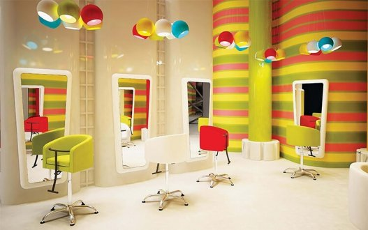 Jak urządzić stanowisko dla dzieci w salonie fryzjerskim?