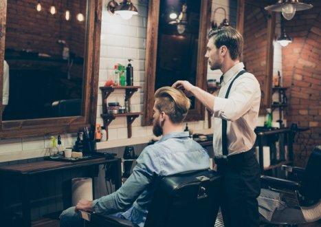 Fotel barberski – jak wybrać najlepszy i jak go sfinansować, żeby nie zbankrutować?