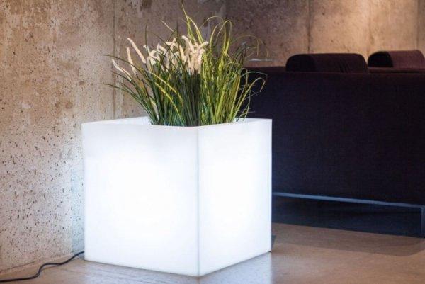 Biała donica Pixel Pot z oświetleniem