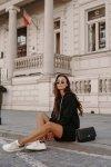 Swetrowa sukienka sportowa z kieszenią -  LSG132 - czarny-2