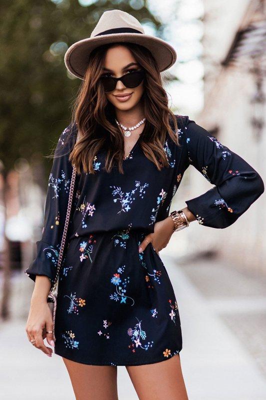Sukienka w kwiaty CARLA - 2