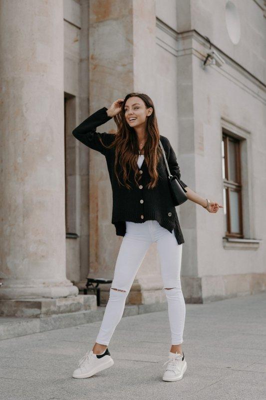 Sweter z guzikami i dłuższym tyłem - LS307-czarny -1