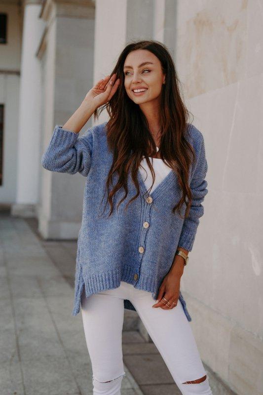 Sweter z guzikami i dłuższym tyłem - LS307-jeans -4