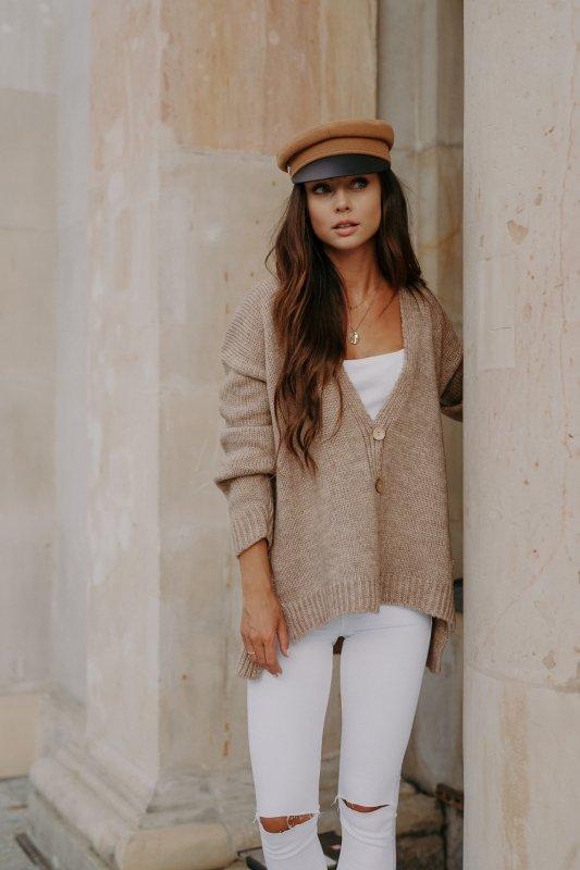 Sweter z guzikami i dłuższym tyłem - LS307-capucino -5