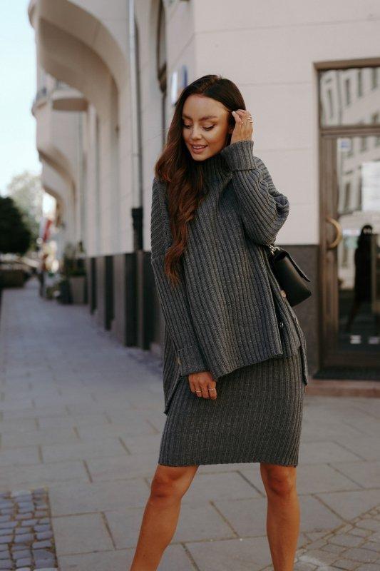Komplet swetrowy – spódnica i sweter z golfem - grafit - 7