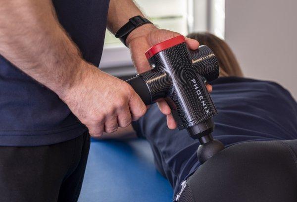 Pistolet Sportowca Phoenix Pro - masaż tylnej grupy mięśniowej