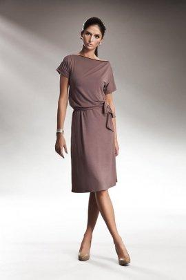 Subtelna sukienka z zamkiem - mocca - S13
