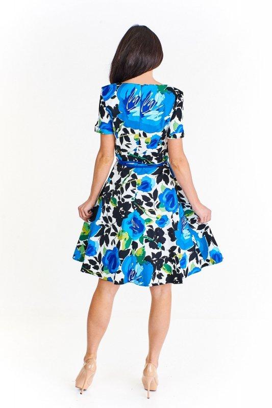 Sukienka z krótkimi rękawami we wzór