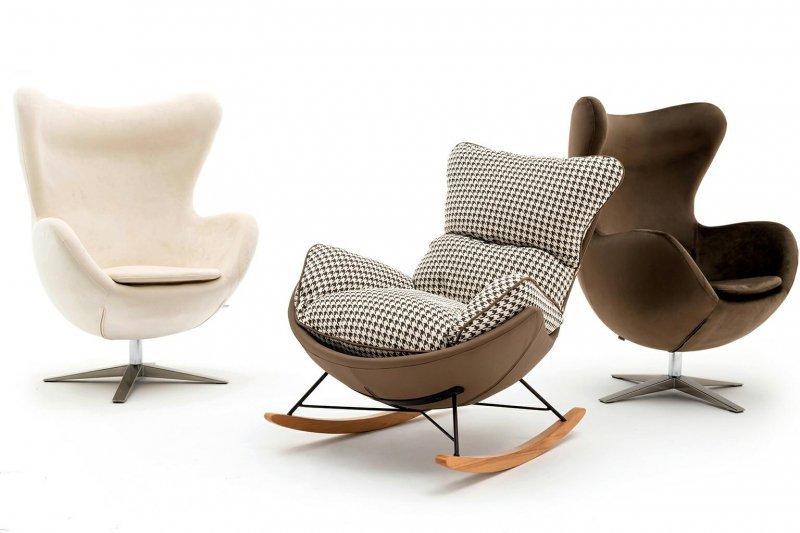 Fotel bujany OTILIA brązowa pepitka - drewniane płozy, ekoskóra