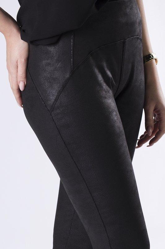 woskowane legginsy z ozdobną fakturą