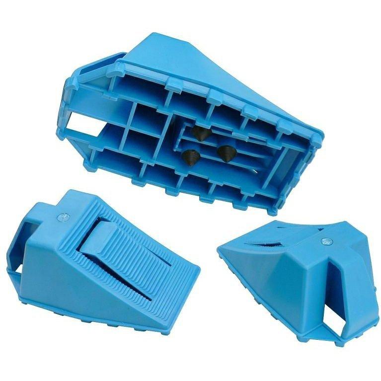 Plastikowy klin samochodowy z hamulcem