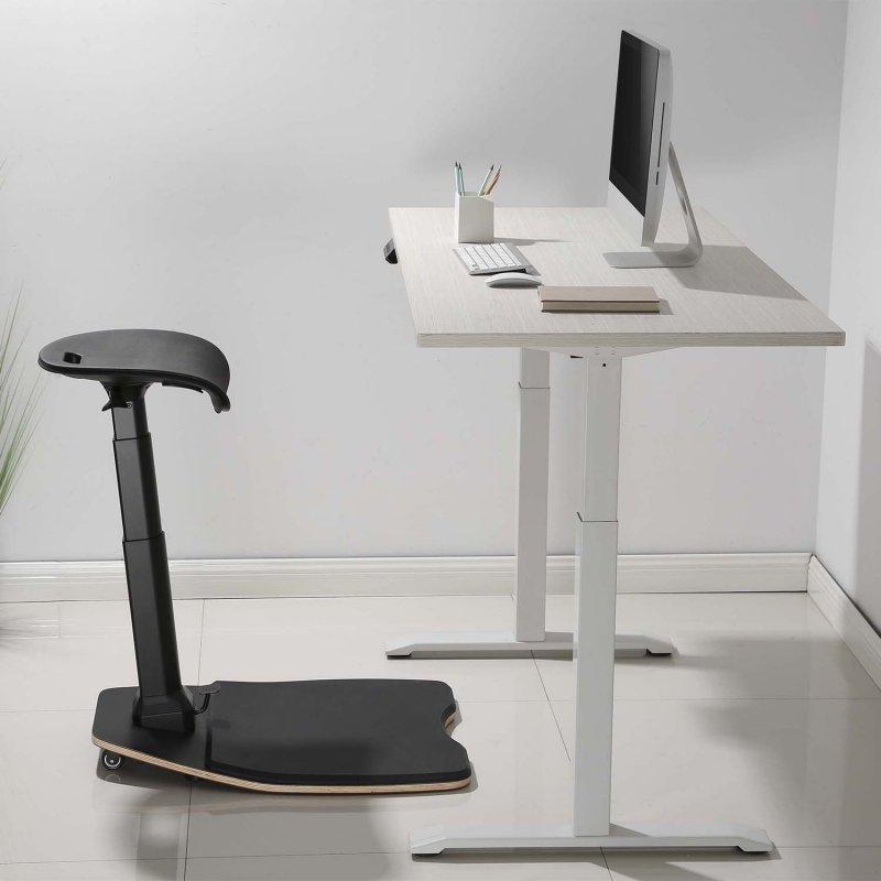 Ergonomiczne krzesło Maclean  pochylone z matą przeciwzmęczeniową   regulacja wysokości 615~1180mm MC-872