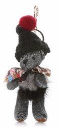 Přívěšek ke kabelce Medvídek ve vlněné čepici s přírodním mývalem stříbrný