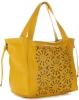 Modna Ażurowa Torba Skórzana z Kosmetyczką firmy Genuine w rozmiarze XL Żółta