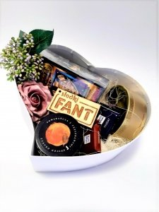 Fioletowy gift box