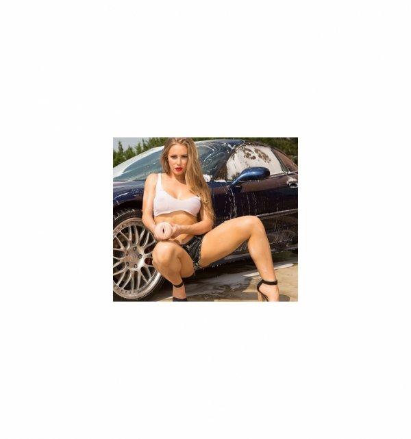 Fleshligh Girls - Nicole Aniston Fit