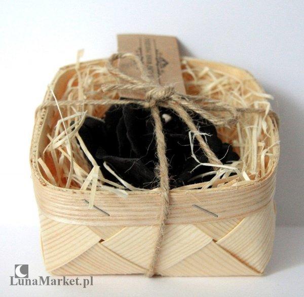 świeca Czarna Róża  w koszyczku - świeczka woskowa, naturalny wosk pszczeli 100%