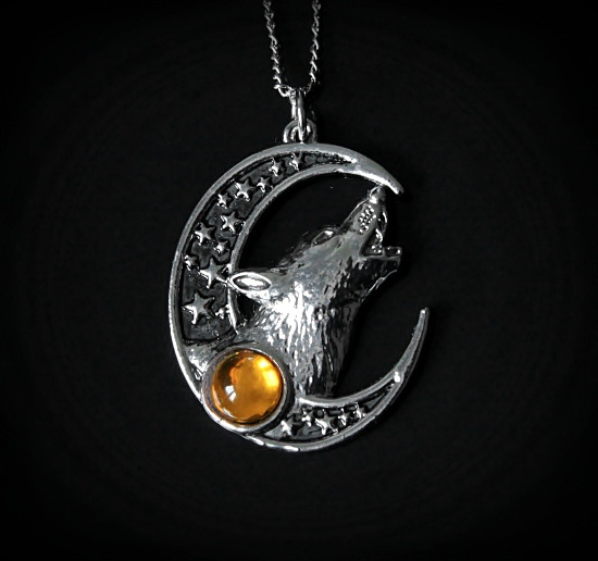 magiczny, celtycki naszyjnik Zew Zaświatów - Księżyc i Wilk - talizman: Duchowe bogactwo