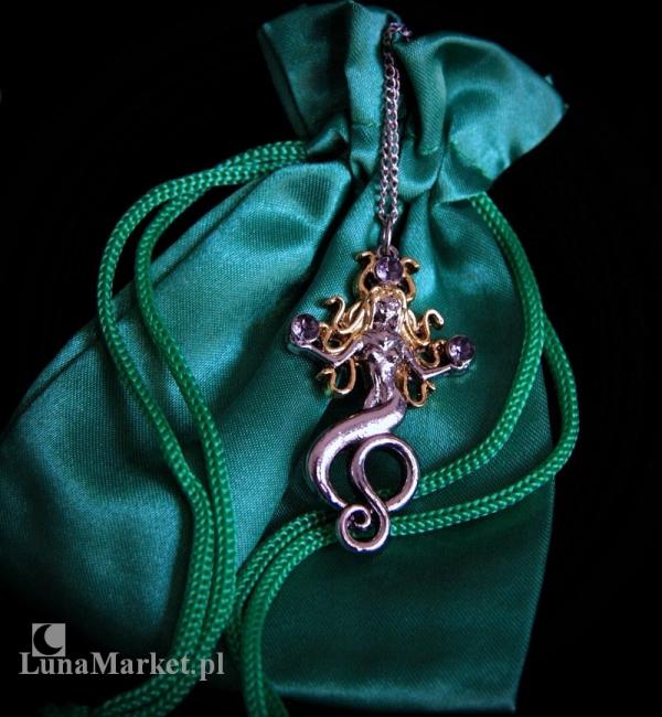 """naszyjnik """"Gorgona"""" z serii: Bestiariusz, biżuteria magiczna i gotycka, talizman Kobiecy Czar"""