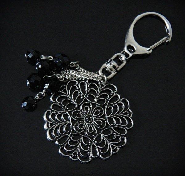 brelok do kluczy lub do torebki - Kwiat z Czarnymi Kryształkami