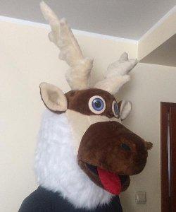 Głowa chodzącej maskotki - Renifer
