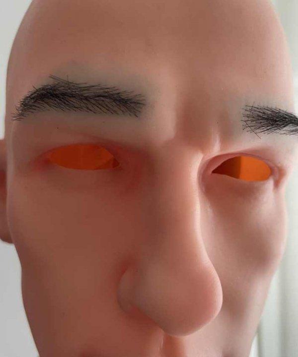 Naturalne brwi w masce silikonowej Sunny