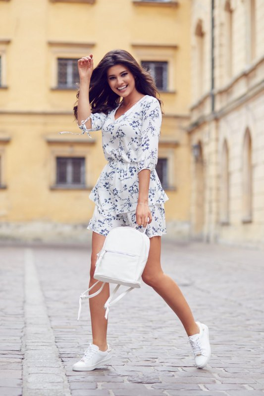 Sukienka Sara w Kwiaty - biały