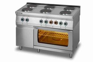 Kuchnia elektryczna 6-płytowa z piekarnikiem elektrycznym GN2/1 i szafką L700.KEO6 PE+SD Lozamet