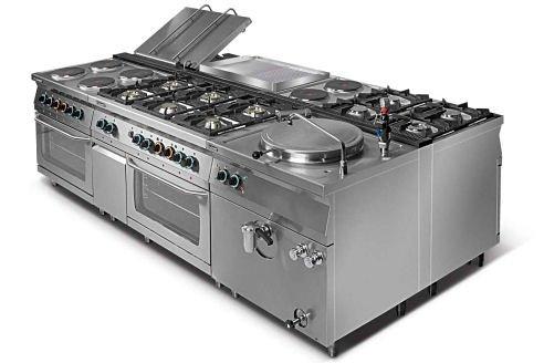 Kuchnia elektryczna 4-płytowa z piekarnikiem elektrycznym GN2/1 L700.KE4 PE Lozamet