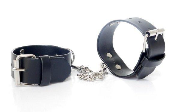 Kajdanki z karabińczykami Fetish Cuffs