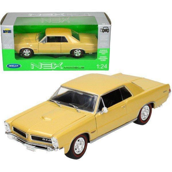 Pontiac GTO 1965, złoty