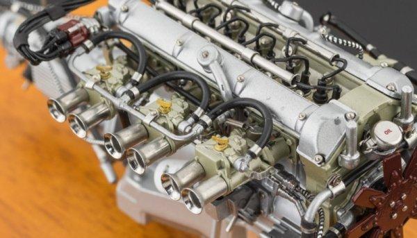 Aston Martin DB4 GT 1961 Engine