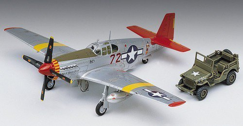 ACADEMY P-51C Mustang + Jeep
